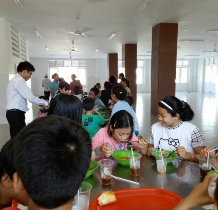 Vung Tau Intourco Resort acts for communities