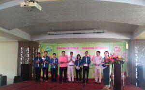 Công Ty trao phần thưởng cho các bộ phận có thành tích đóng góp trong năm