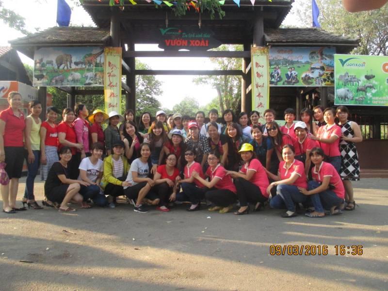CBCNV Công ty chụp ảnh lưu niệm tại khu du lịch Vườn Xoài