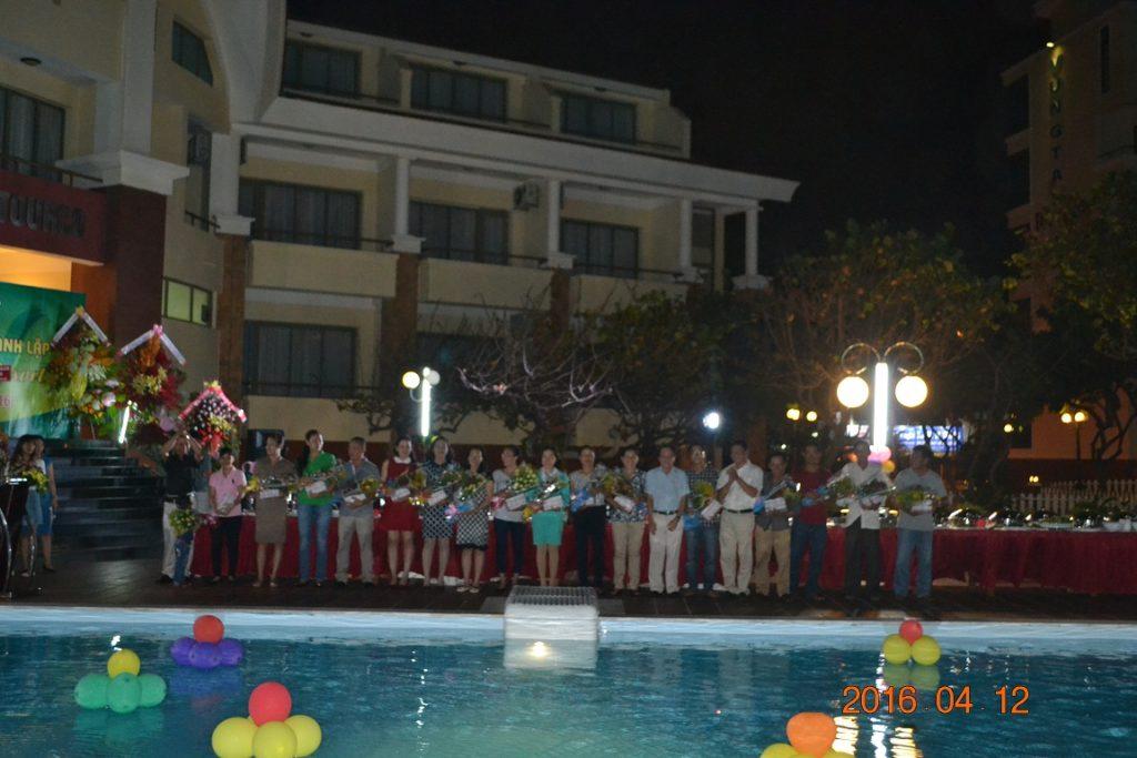 Gala dinner được tổ chức tại hồ bơi của Vũng Tàu Intourco resort